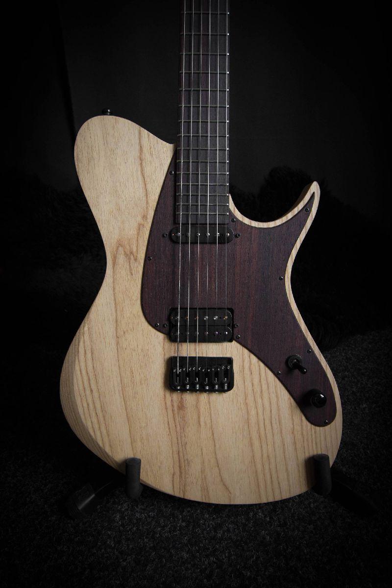 home aviator custom guitars. Black Bedroom Furniture Sets. Home Design Ideas